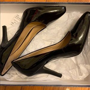 Black Arturo Chiang Patent Leather Heels Size 6.5